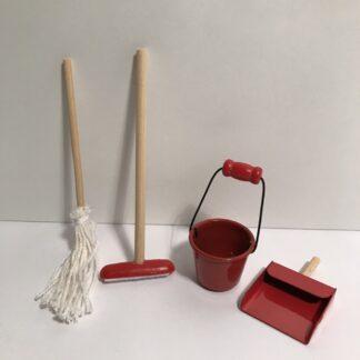 Rengøringsredskaber i 4 dele
