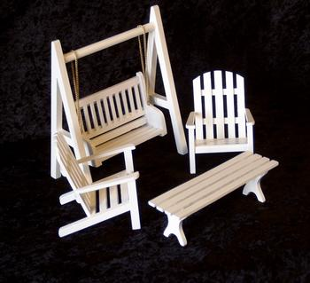 Hvide havemøbler i 4 dele